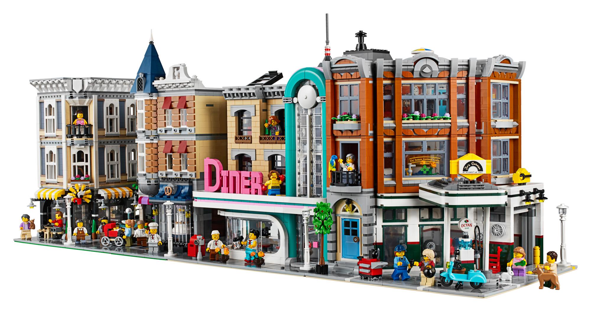 lego creator expert 10264 corner garage 36 the brothers. Black Bedroom Furniture Sets. Home Design Ideas