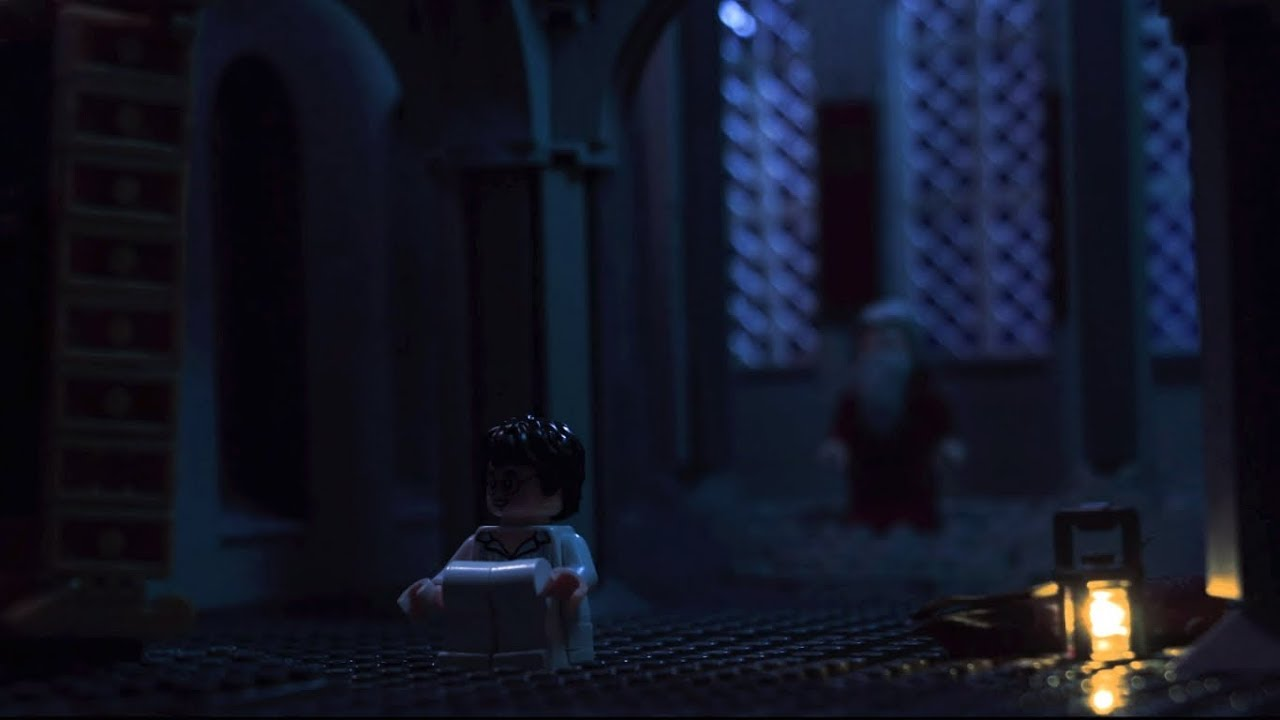 LEGO Harry Potter Mirror of Erised scene