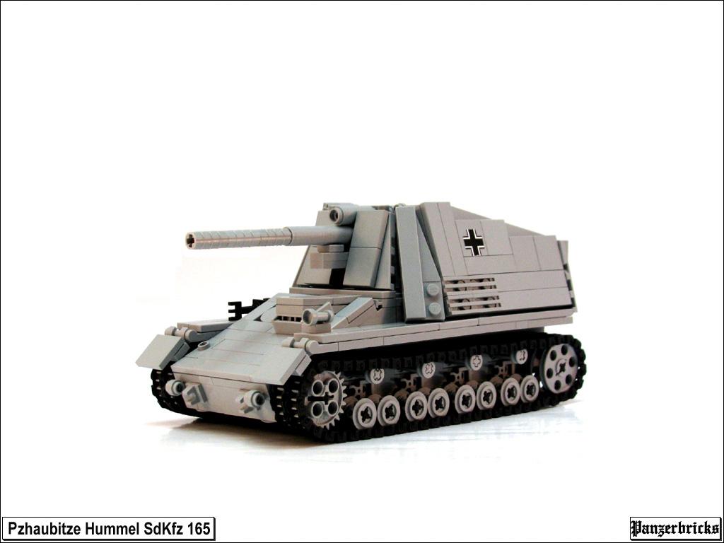 LEGO WW2 Hummel