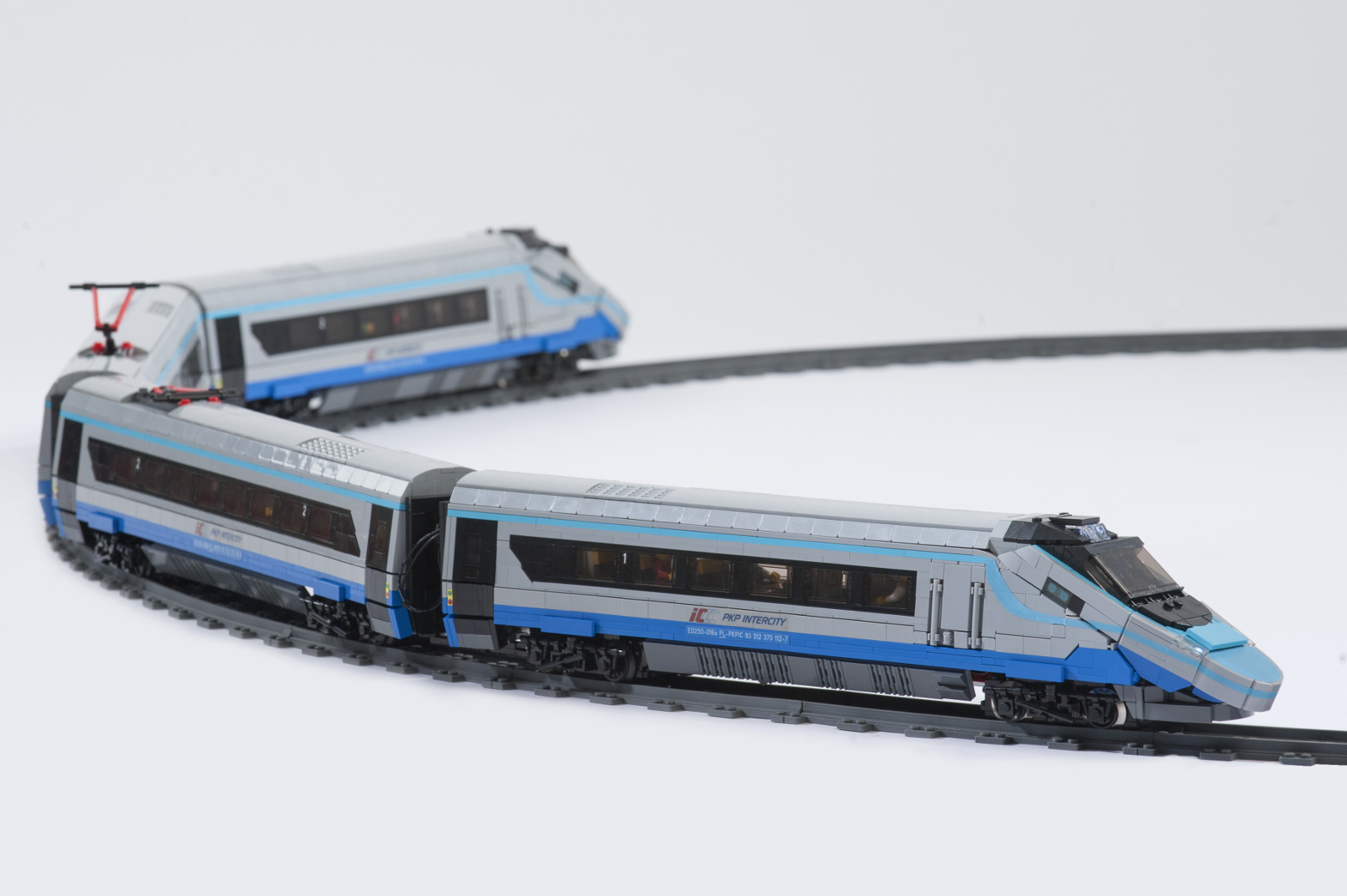 Alstom Pendolino ED250 PKP Intercity built from LEGO