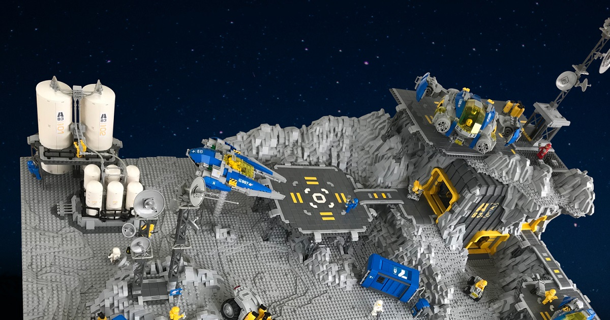 A planet-sized Classic Space layout that's overflowing with incredible rovers and spaceships
