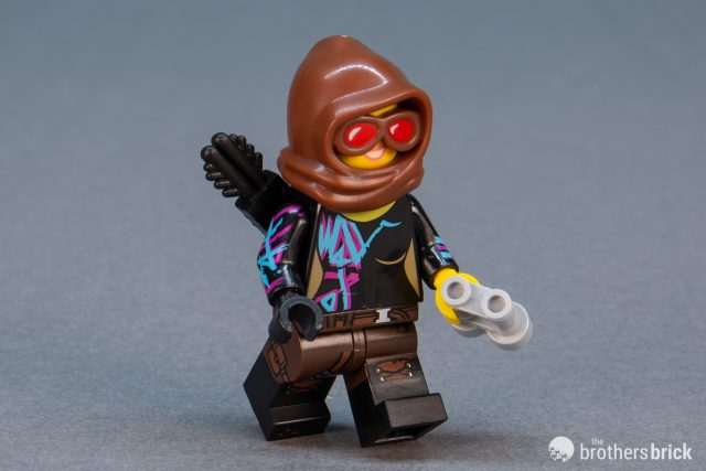 Lego New Dark Brown Minifigure Pants Hips Legs Black Boots Belt and Strap