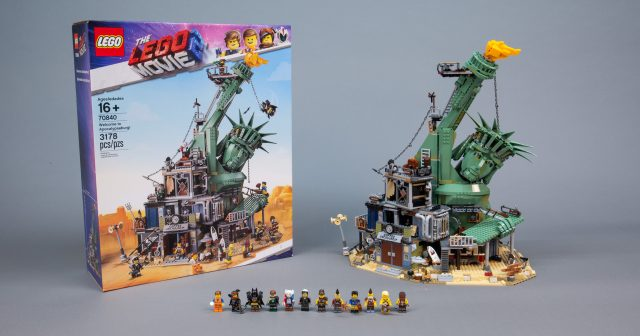 The Lego Movie 2 S Biggest Set 70840 Welcome To Apocalypseburg Review The Brothers Brick The Brothers Brick