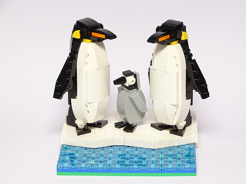 Emperor Penguin LEGO model 1:10 Scale