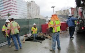 Obra de construcción de pabellones en estación Westlake/MacArthur Park.