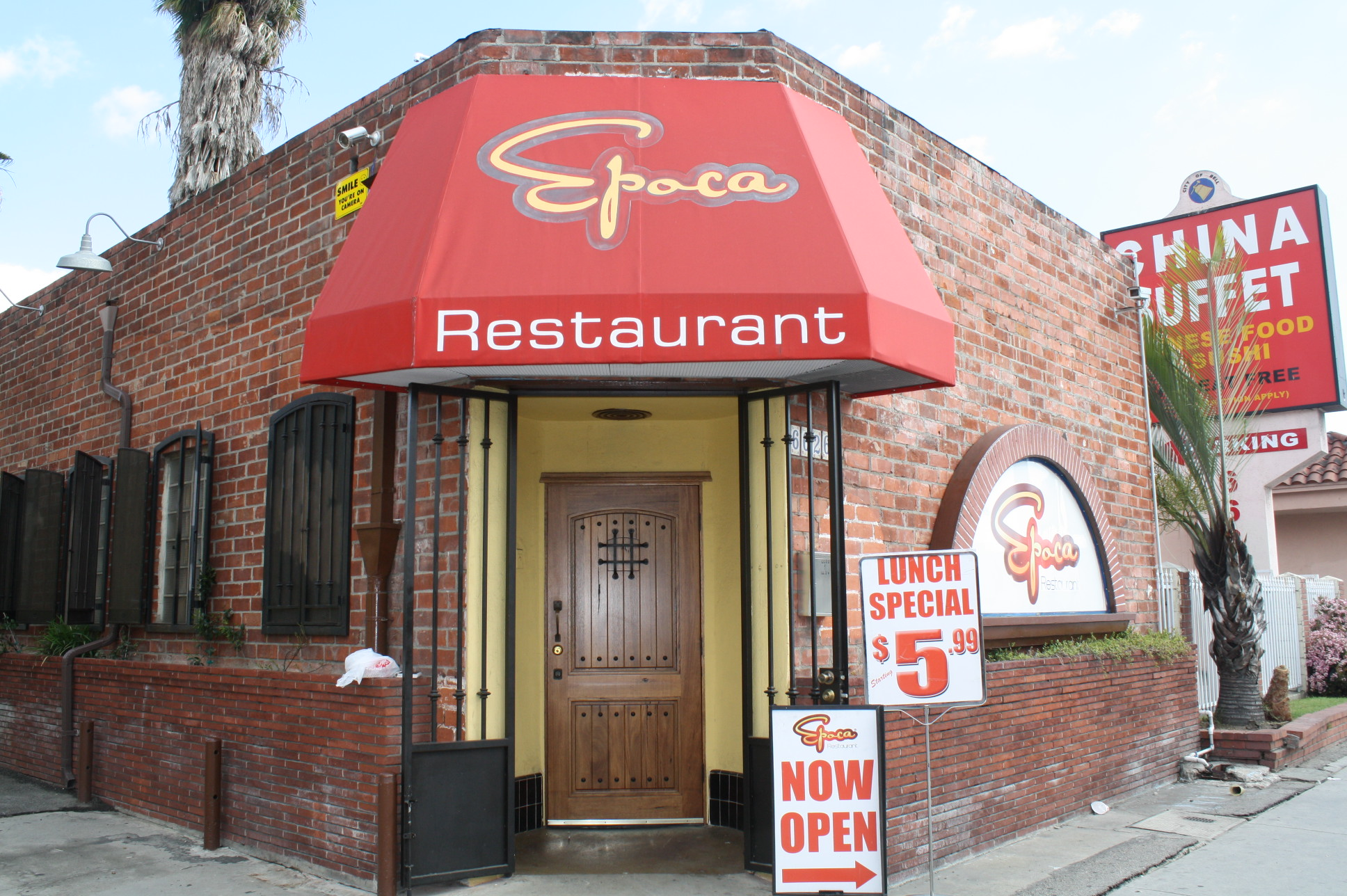 Restaurante Época en Bell. (Foto Agustín Durán/El Pasajero).