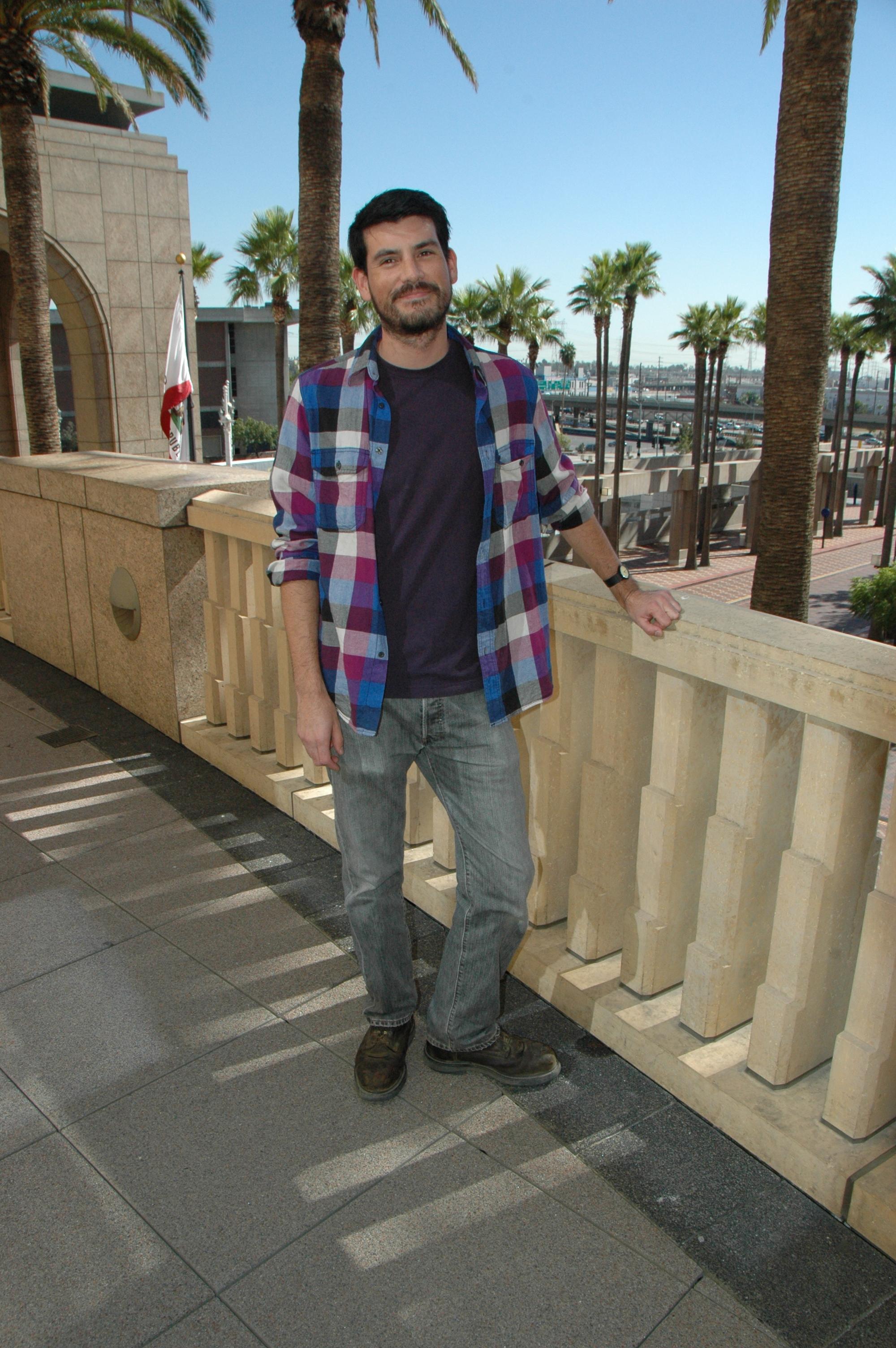 Peter Watkinson en la terraza del edificio Gateway en Union Station.