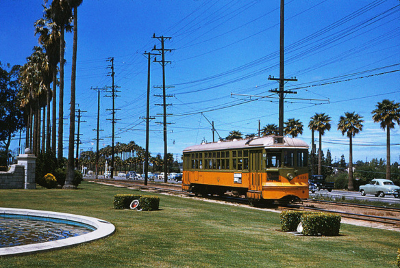 Foto de Alan Weeks, vía Metro Transportation Library & Archive's Flickrs.