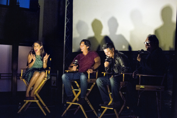 """Después de la proyección del filme """"La Bamba"""" hubo una sesión de preguntas y respuestas con el director Luis Valdez y los actores Lou Diamond Phillips y Esai Morales."""