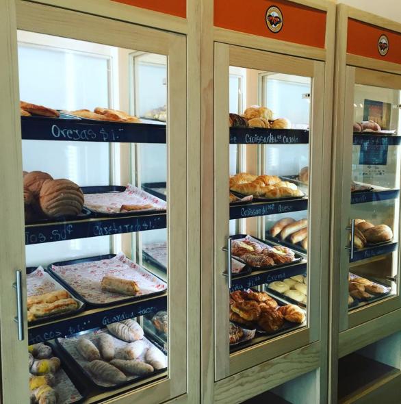 monarca-bakery
