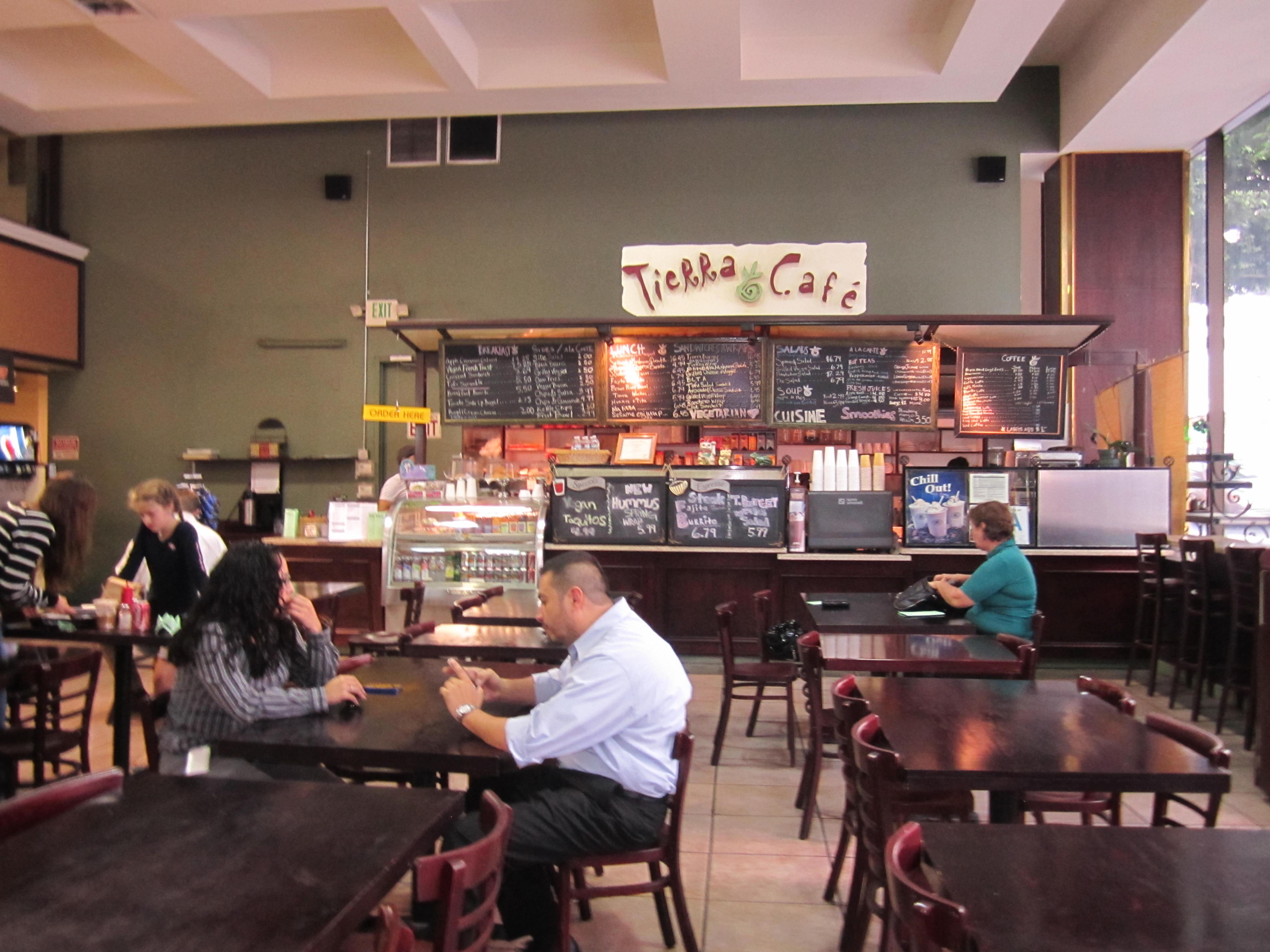 Tierra Café1