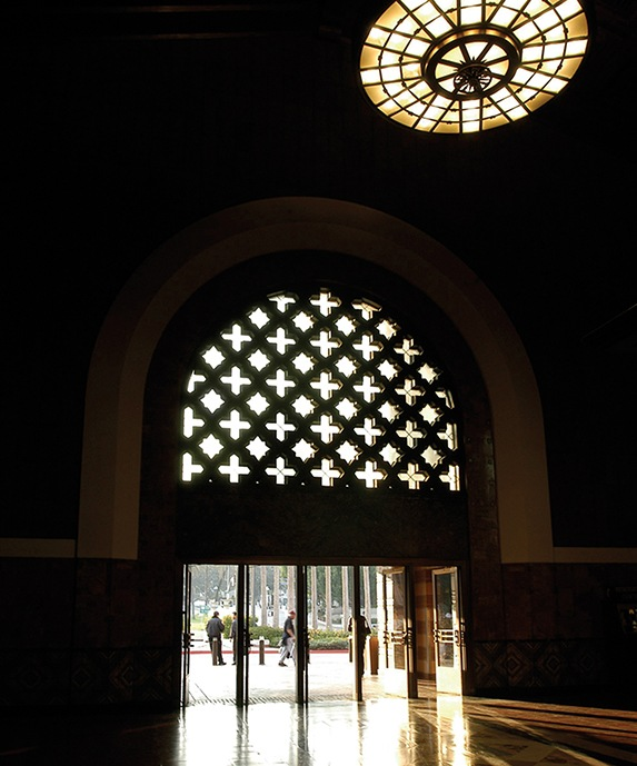 unionstationfrontdoor_573