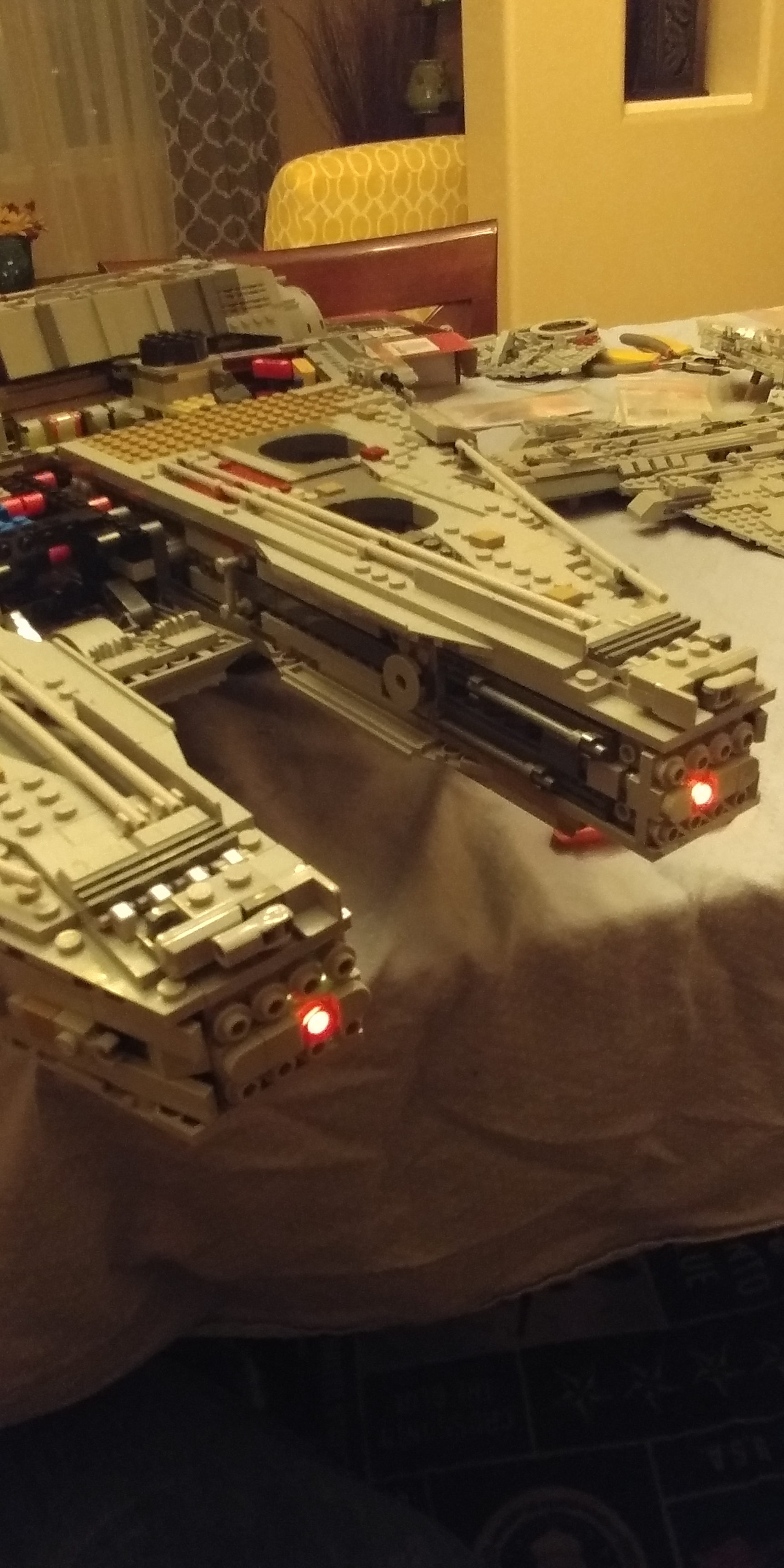 New Millennium Falcon 75192 What Lights Do I Use For A Specific Advice Desired On My Model Railroad Building Light Controller Circuit Ill Have To Break Out The Multimeter Too See How Resolve This Any Tips Rob Klingberg