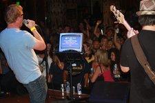 Rock out karaoke 03