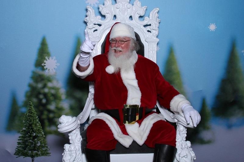 Santa james 01