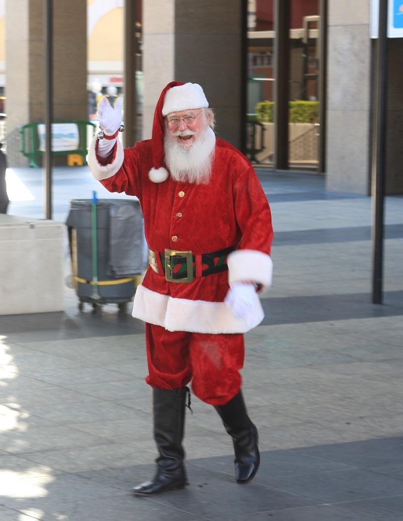Santa james 04