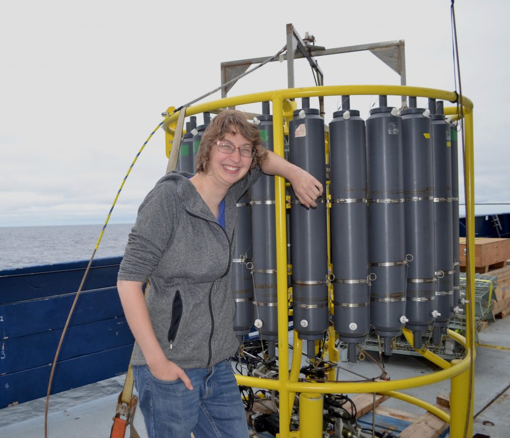 University of Washington technician Katie Bigham with the R/V Revelle CTD. Credit: W. Ruef, University of Washington, V18.