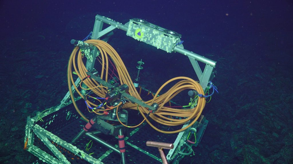 The undervator as found on the sea floor.  Credit: UW/NSF-OOI/WHOI, V18.