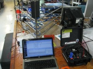 The thermistor array connected to the computer and power supply.