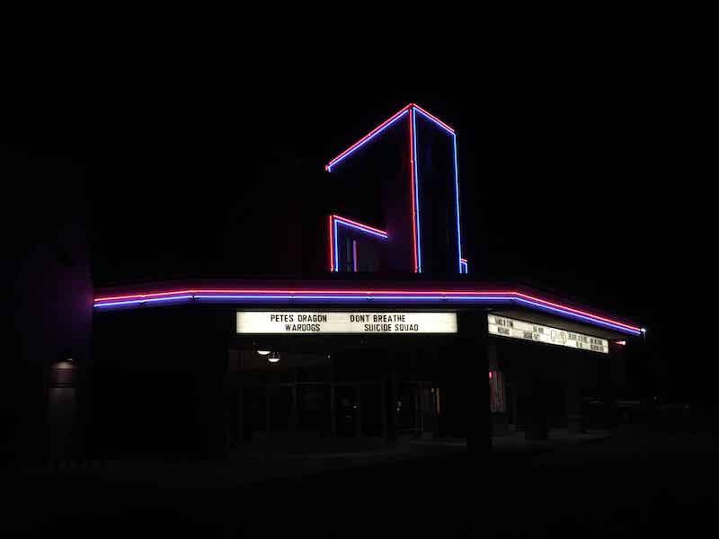 アメリカの映画館で映画を見る7つのメリット
