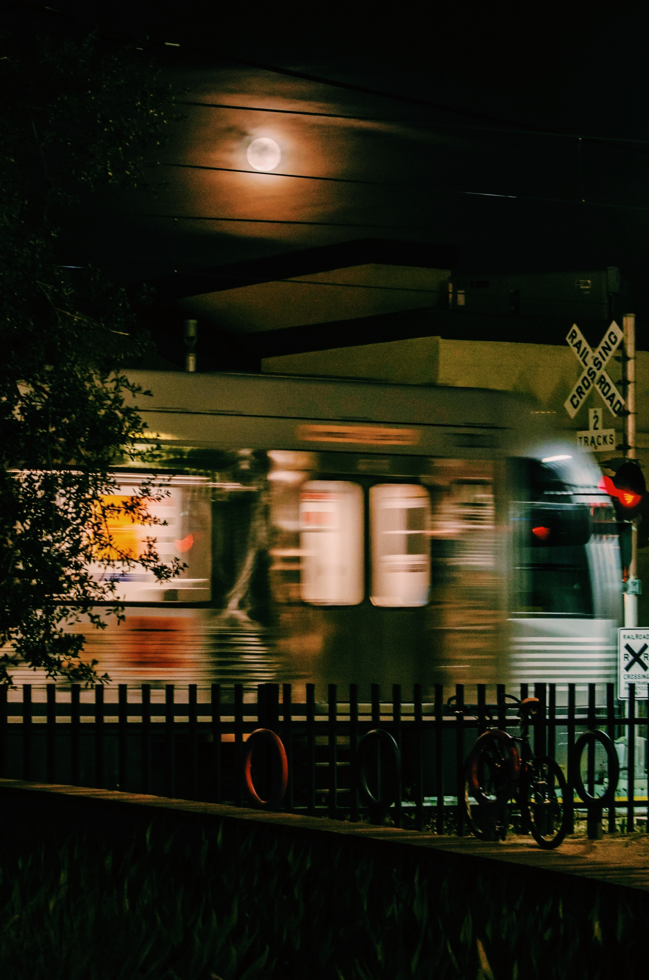 ART OF TRANSIT: I accepted my own Metro Full Moon Challenge and came up with this un-good shot taken at the Gold Line's Fillmore station in Pasadena last night. The Source gladly accepts photos of the full moon over Metro buses, trains or other facilities.