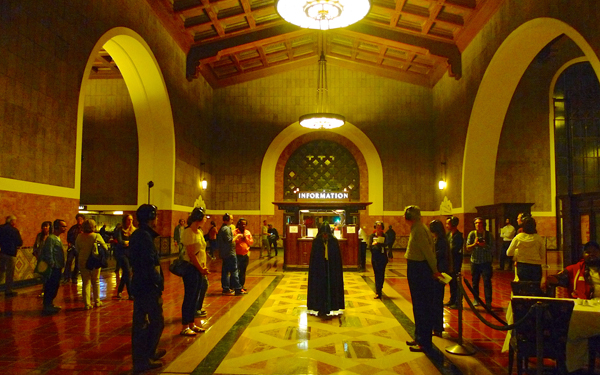 union station essay When you walk into union station in downtown la, it feels as though you're stepping into another time, into an era when travelers dressed dapper, doffed their hats indoors, and swept glamorously down the concourse, illuminated by the sun streaming through huge bay windows and the art deco chandeliers glowing from above.