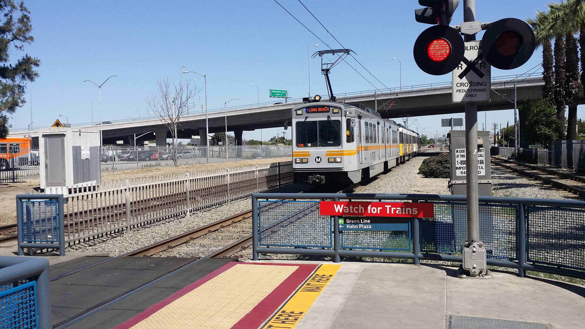 A Long Beach bound Blue Line train pulls in to Willowbrook Station. Photo by Jon Ross Alexander/Metro.