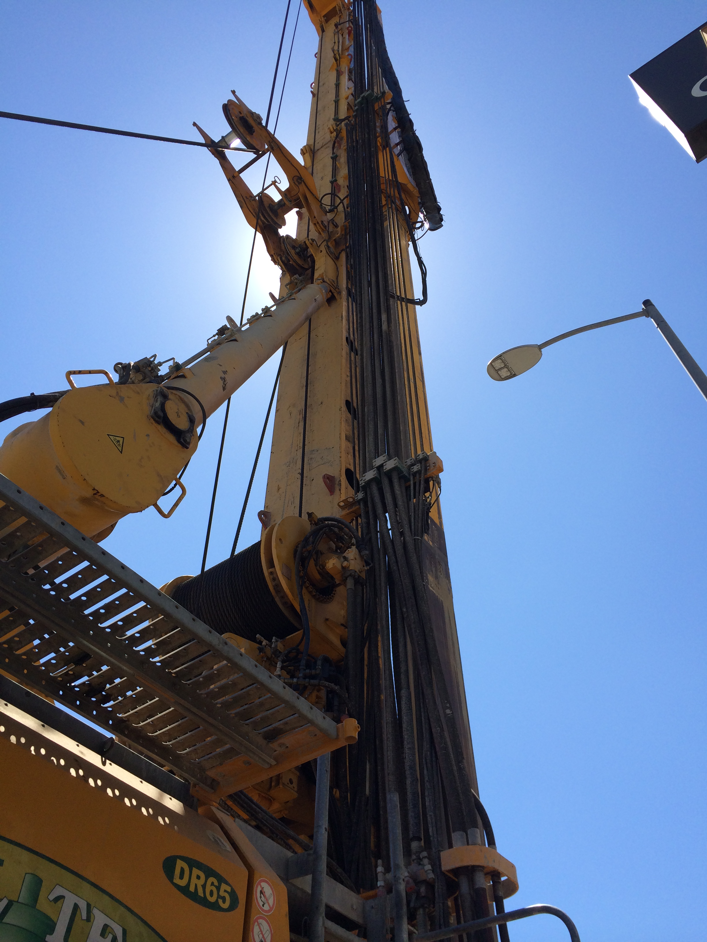 Drilling near the intersection of Crenshaw Boulevard & Exposition Boulevard. Photo by Metro.