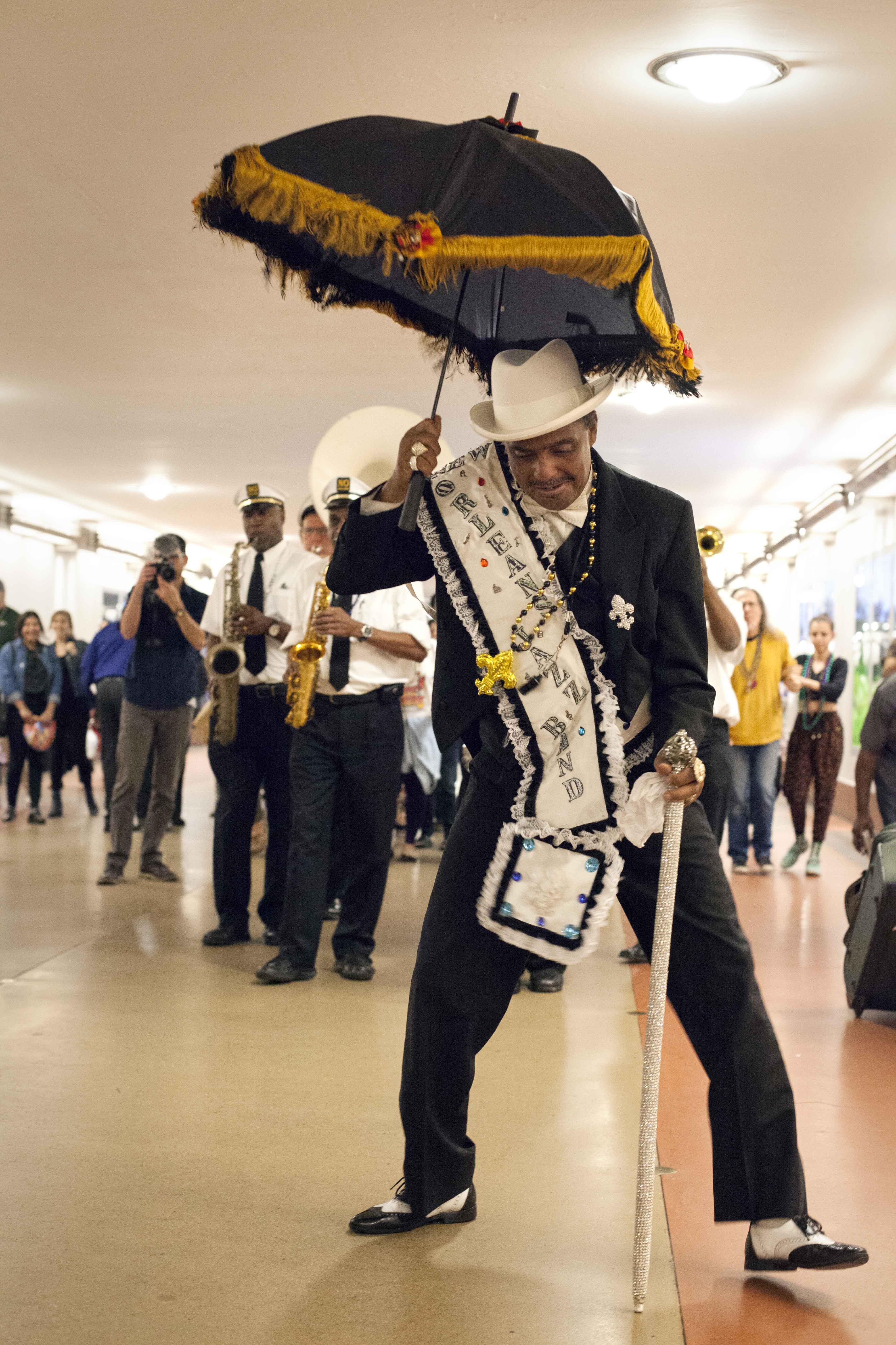 New Orleans-style jazz band splashes some Mardi Gras energy at Union