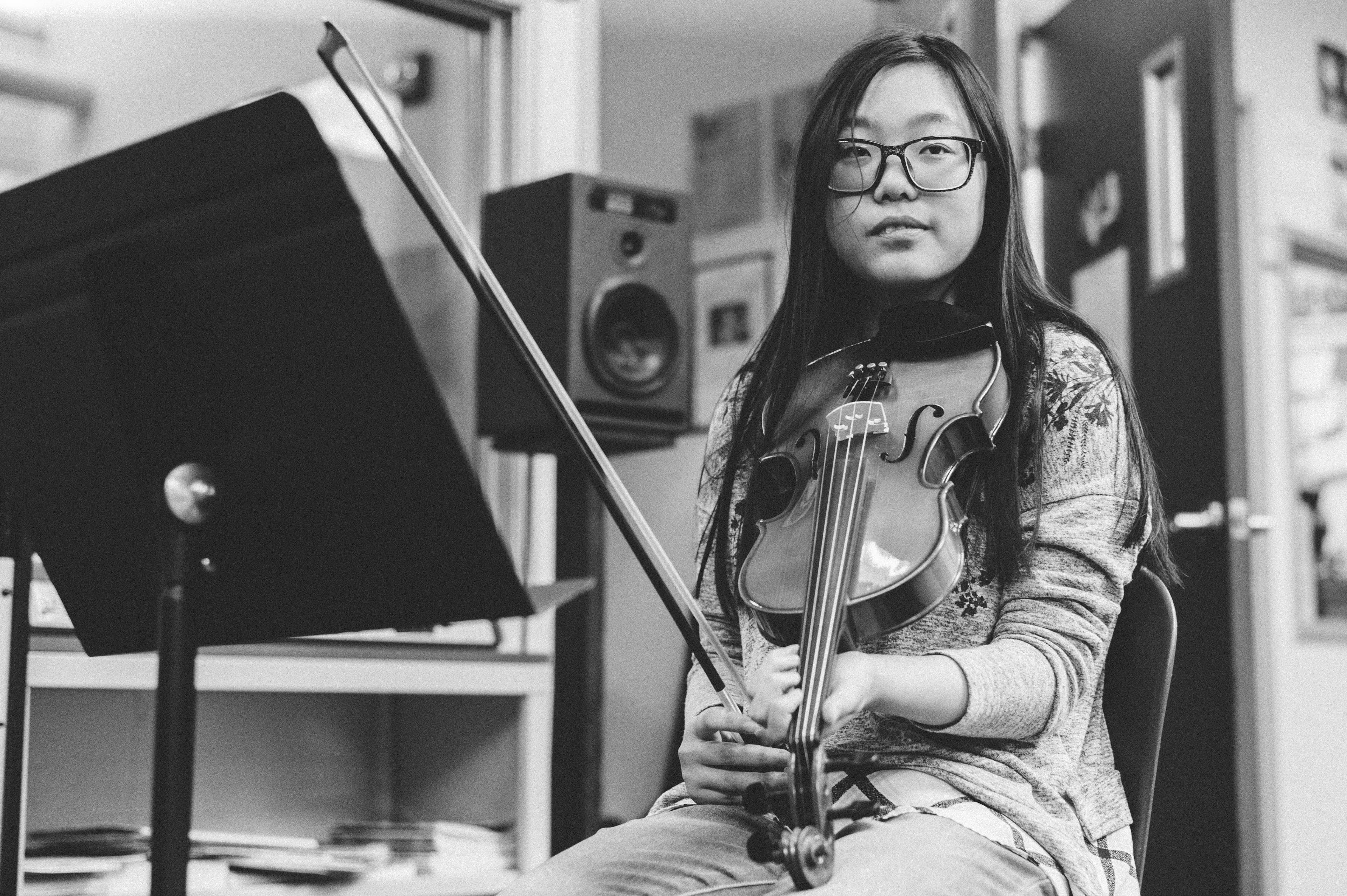 b1a6e21e3a Vera Xie in a music class at Arroyo Pacific Academy in Arcadia. The school  is a short walk from the Arcadia station.