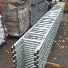 5.0 Metre Steel Ladder Powder Coated (21.5kg)