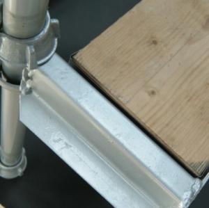 558-cuplok-scaffolding-1-board-hop-up-bracket.jpg