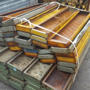 Used 4ft Kwikstage Painted Steel Batten, Steelstage