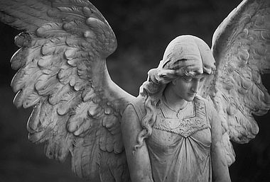 angel in Spanish | English-Spanish translator | Nglish by Britannica