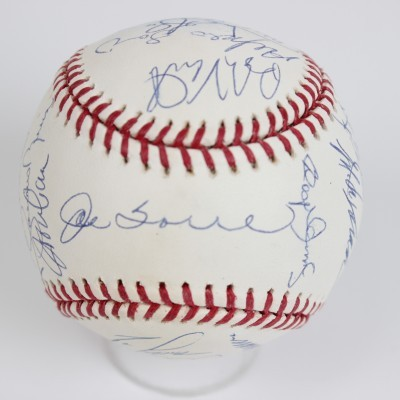2002 Yankees Team Signed OML (Selig) Baseball