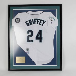 Seattle Mariners - Ken Griffey, Jr. Signed Jersey (feat. JR Patch - LE 180/240) Display (UDA)