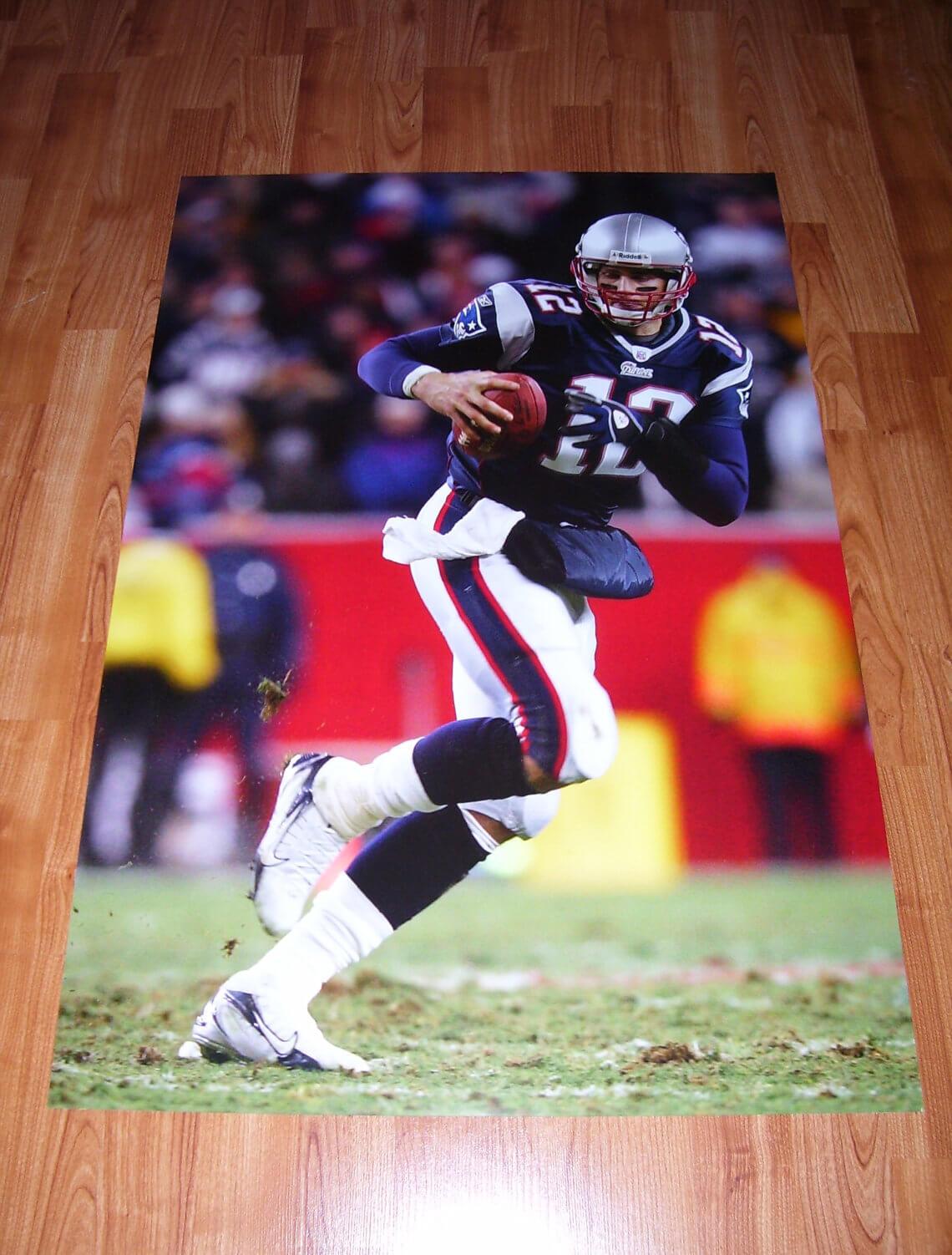 Tom Brady 24x36 Patriots Photograph (high quality photo on high quality photo paper)