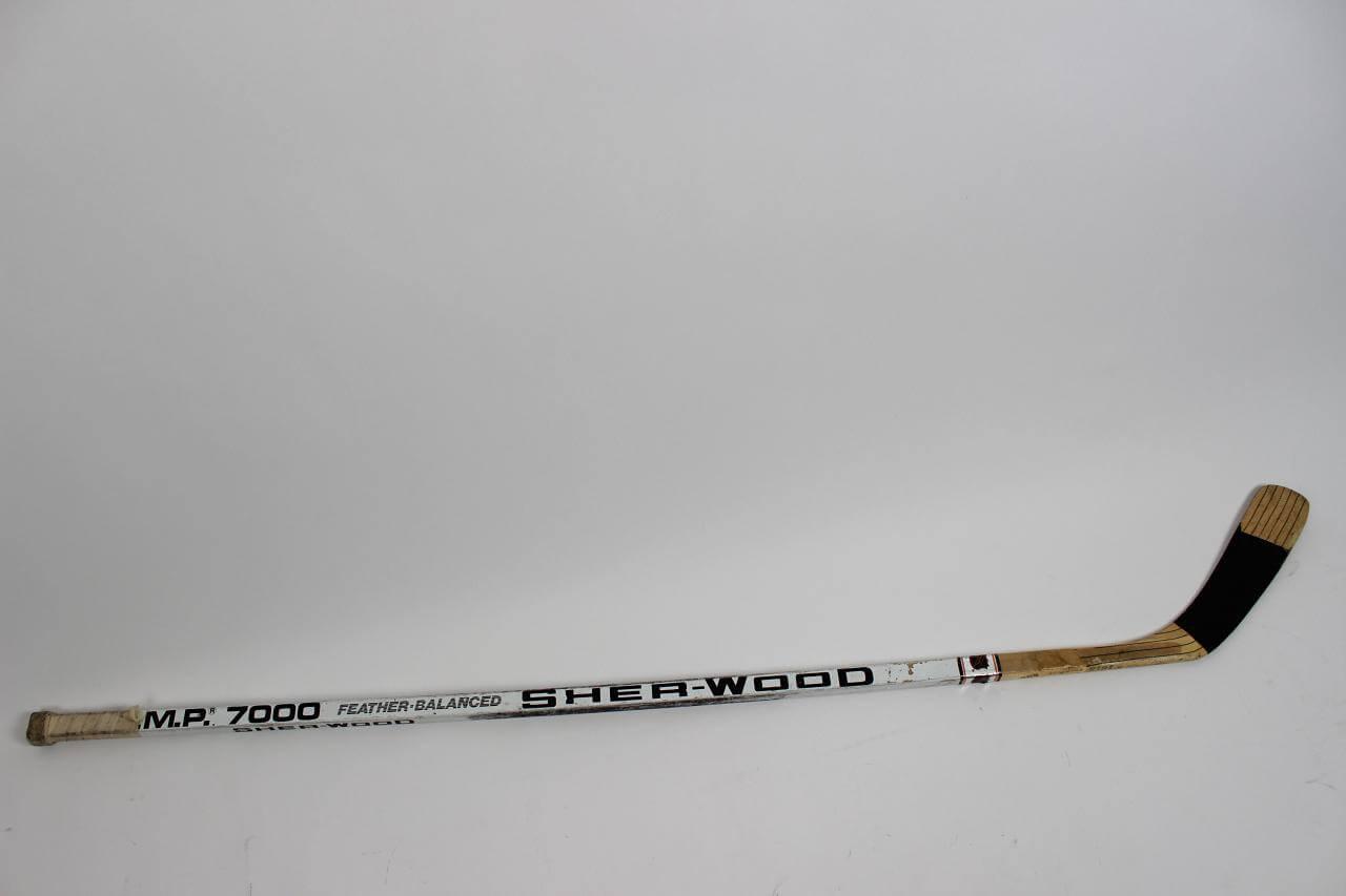 Steve Duchesne Game-Used Hockey Stick Kings - COA