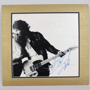 SB **Singer - Bruce Springsteen Signed Born to Run Record Album Cover Display
