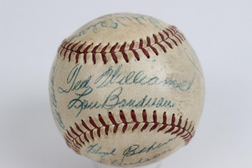 1953 Boston Red Sox Team-Signed OAL (Harridge) Baseball Incl. 24 Sigs. Incl.Ted Williams, Lou Boudreau, Bill Goodman, Mel Parnell etc. - Lou Boudreau is clubhouse