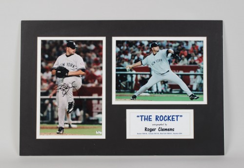 NY Yankees Roger Clemens Signed Photo 16x24 Matted Display (GAI)