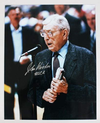 UCLA Bruins Coach John Wooden Signed 16x20 Photo