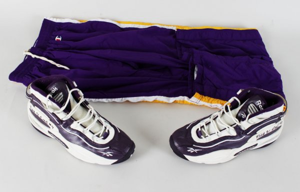Los Angeles Lakers Nick Van Exel Signed Game-Worn Shoes & Warm Up Pants