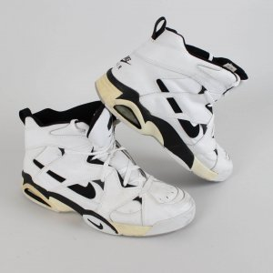Portland Trail Blazers Arvydas Sabonis Signed Game-Worn Shoes