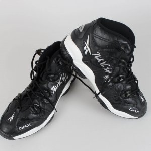 Los Angeles Lakers Nick Van Exel Signed Game-Worn Shoes