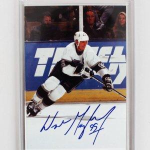 Los Angeles Kings Wayne Gretzky Signed 5x7 Photo (COA JSA)
