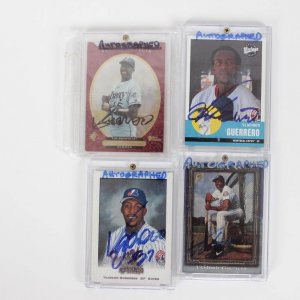 Montreal Expos - Vladimir Guerrero Signed Autographed Card Lot of (4)