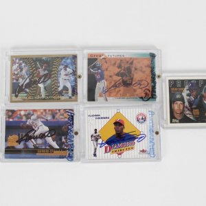 Montreal Expos - Vladimir Guerrero Signed Autographed Card Lot of (5)