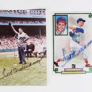 Boston Red Sox - Ted Williams Signed 4x6 Photo & Donruss Card - JSA