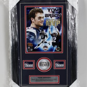 New England Patriots- Tom Brady - Super Bowl XXXVIII Champion 14x22 Ring Display